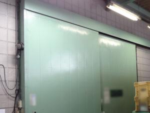 愛知県津島市倉庫ハンガードア吊車修理、交換工事【株式会社サッシ.NET】