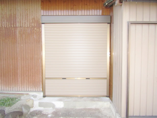 愛知県海部郡飛島村 引戸、シャッター取替工事
